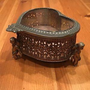 VINTAGE ORMOLU CHERUB FOOT JEWELRY CASKET BOX